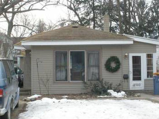 2302 Francis Ave SE, Grand Rapids, MI 49507