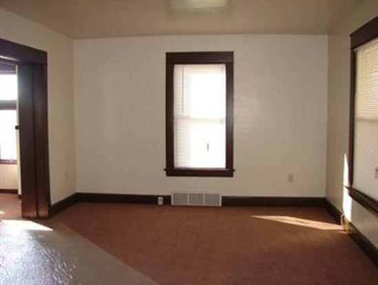 910 Winslow Ave, New Castle, PA 16101