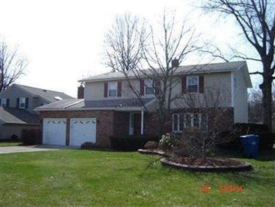 6428 Surrey Dr, North Olmsted, OH 44070