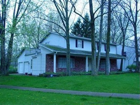 6448 Stafford Dr, North Olmsted, OH 44070