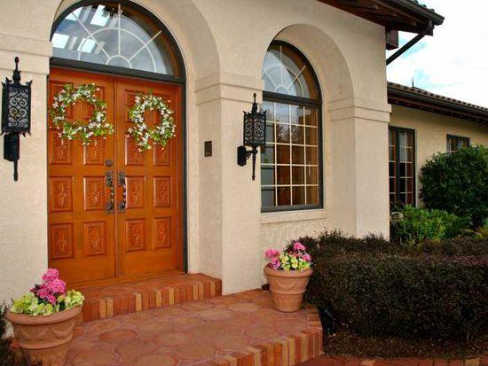 308 Springhouse Dr, Clairton, PA 15025
