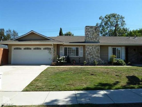 232 W Gainsborough Rd, Thousand Oaks, CA 91360