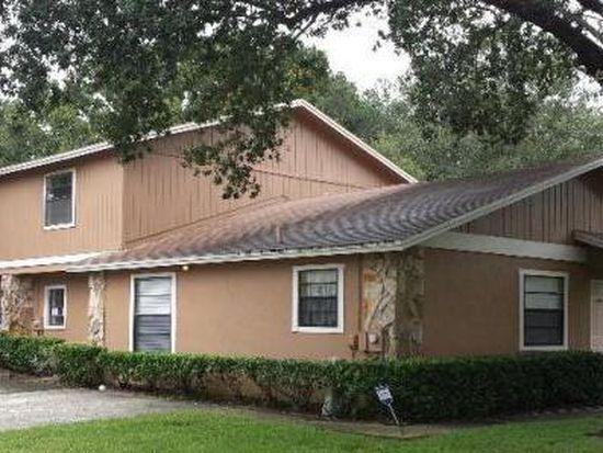 10132 Lake Oak Cir, Tampa, FL 33624