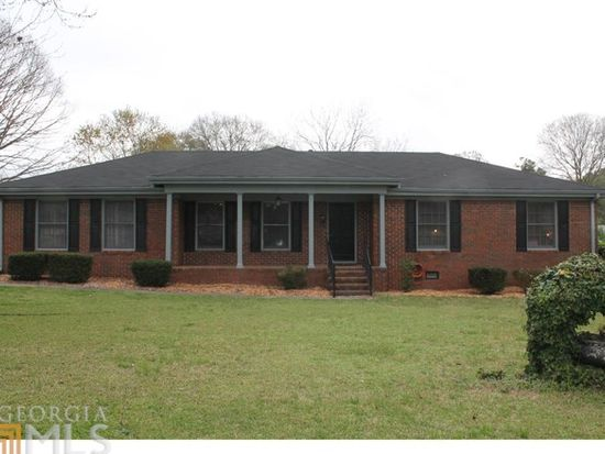 120 Lake Dr, Fayetteville, GA 30215