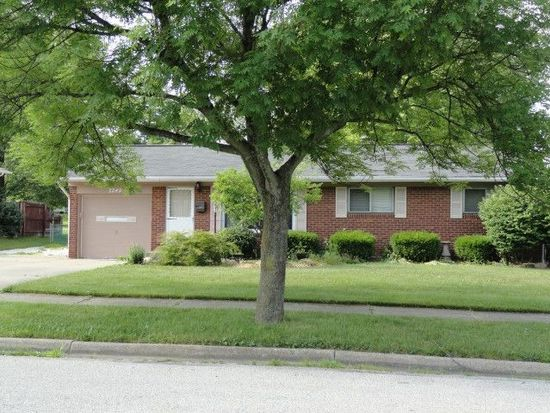 2249 Norman Dr, Stow, OH 44224