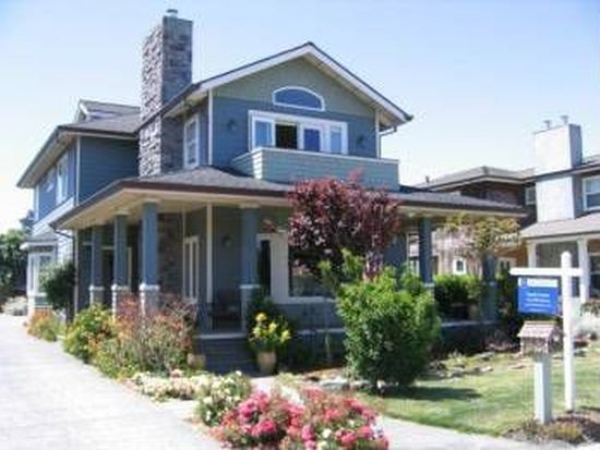 564 Myrtle St, Half Moon Bay, CA 94019