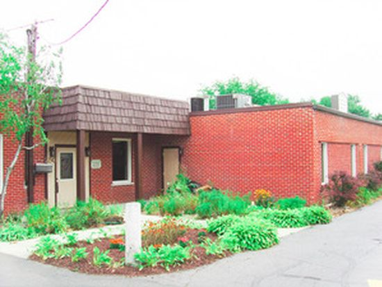 250 E Saint Charles Rd, Villa Park, IL 60181