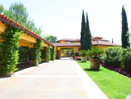 2300 Kimridge Rd, Beverly Hills, CA 90210