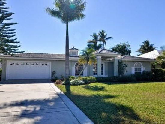 1845 Kingfish Rd, Naples, FL 34102
