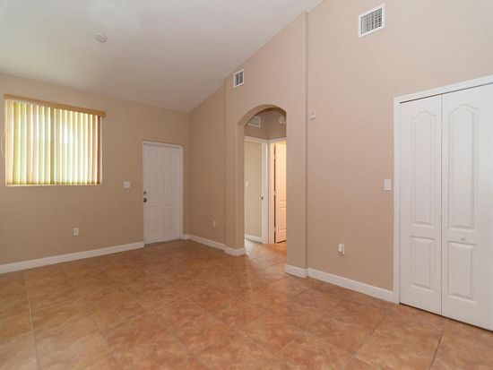 1656 SE 29th Ct UNIT 207, Homestead, FL 33035