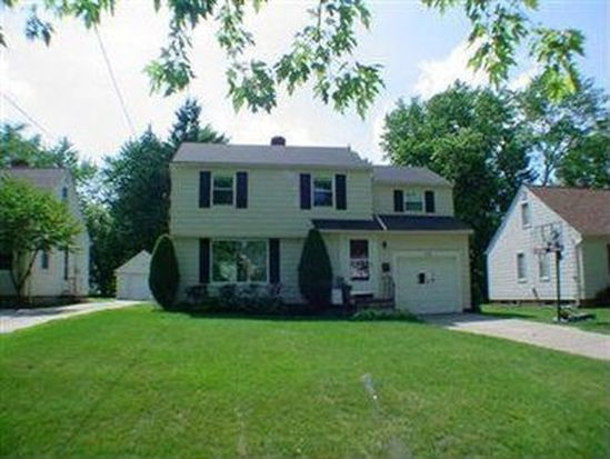 1556 Lyndhurst Rd, Cleveland, OH 44124