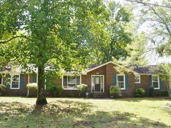 7435 Bridle Dr, Nashville, TN 37221