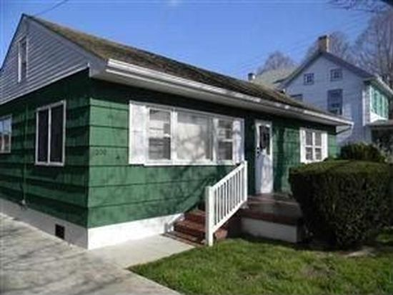 220 Broadway, West Cape May, NJ 08204