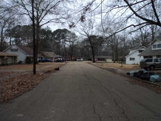 503 Heatherwood Dr, Jackson, MS 39212