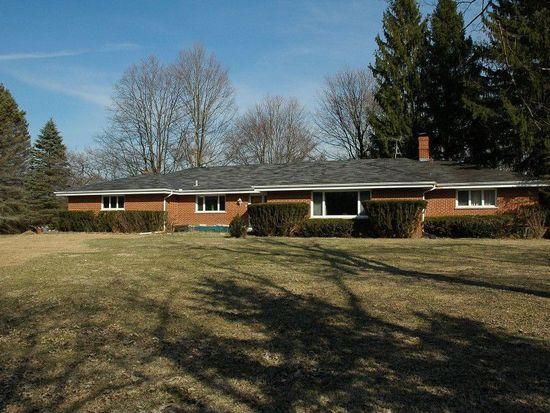 277 Otis Rd, Barrington, IL 60010