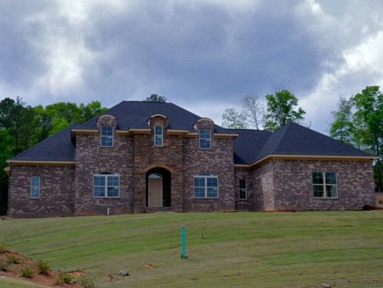 1503 Mcintosh Creek Rd, Phenix City, AL 36867
