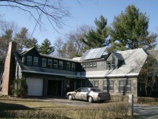 22 Locust Ave, Exeter, NH 03833