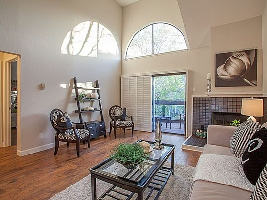 458 Barnegat Ln, Redwood City, CA 94065