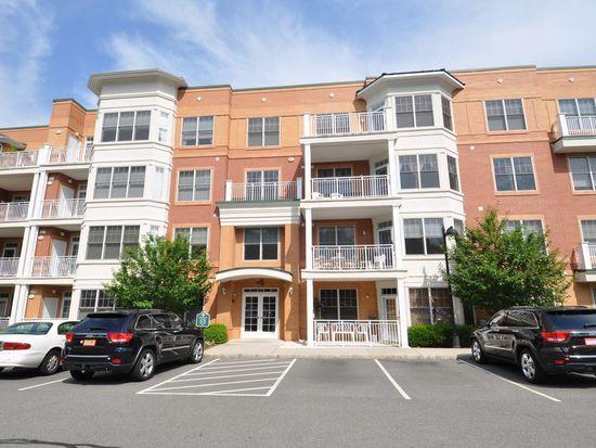 4301 Pointe Gate Dr, Livingston, NJ 07039