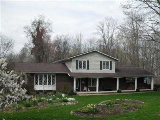 686 River Rd, Hinckley, OH 44233