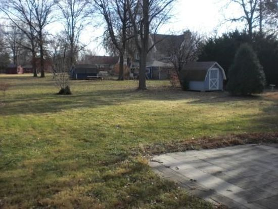 3S681 Curtis Ave, Warrenville, IL 60555