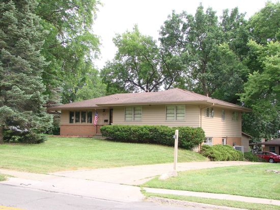 2931 Easton Blvd, Des Moines, IA 50317