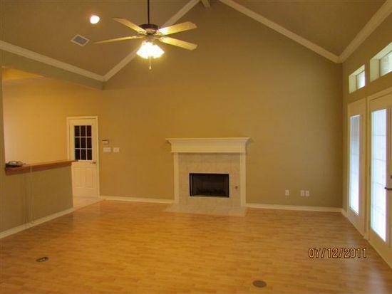 8445 Garden Oaks Dr, Beaumont, TX 77706