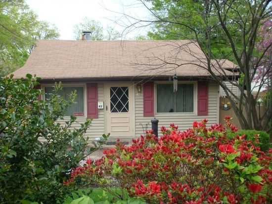 42 Dacotah Ave, Lake Hiawatha, NJ 07034