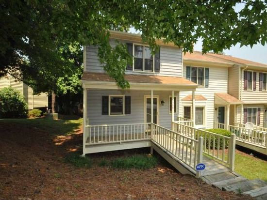 6568 English Oaks Dr, Raleigh, NC 27615