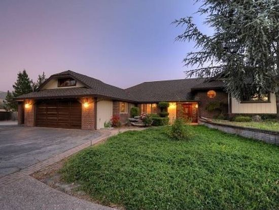 9900 Walter Welsher Ct, Gilroy, CA 95020
