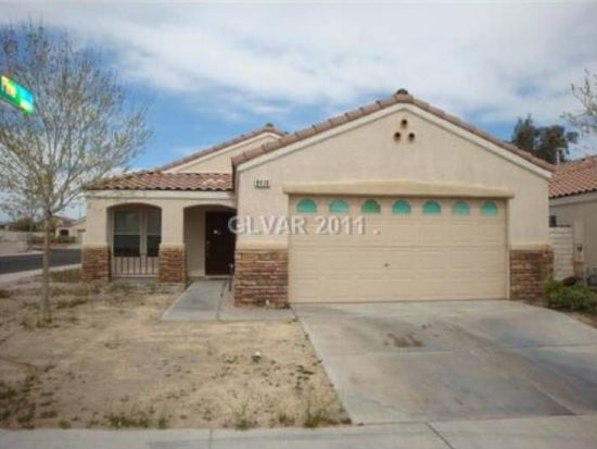 8416 Gracious Pine Ave, Las Vegas, NV 89143