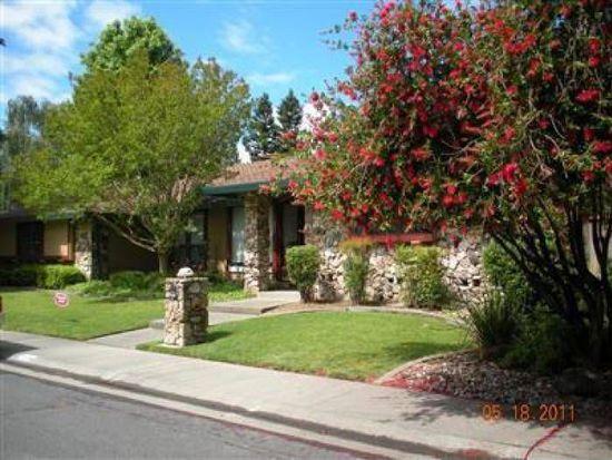 7688 Roman Oak Way, Sacramento, CA 95831