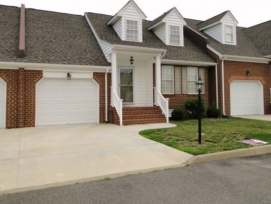 110 Gilcreff Pl, Colonial Heights, VA 23834