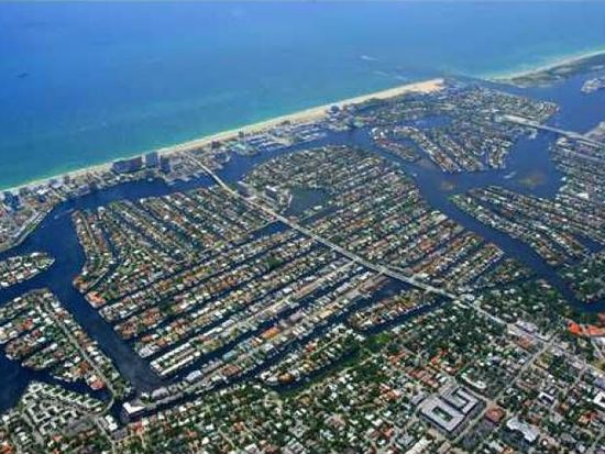 2856 NE 35th Ct, Fort Lauderdale, FL 33308