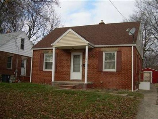 1055 Lindsay Ave, Akron, OH 44306