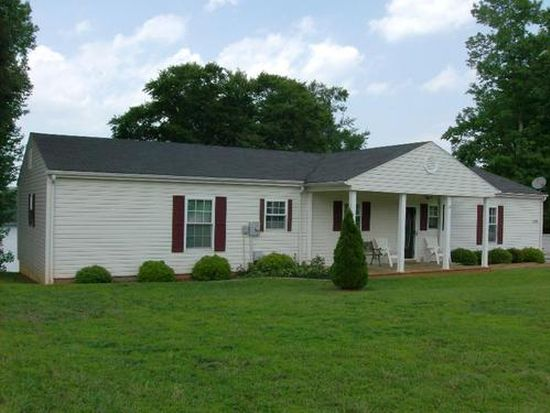 749 Bluewater Dr, Moneta, VA 24121