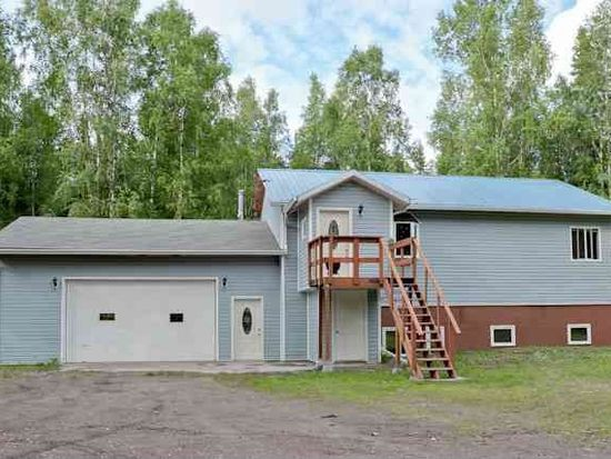 1028 Dakota St, North Pole, AK 99705