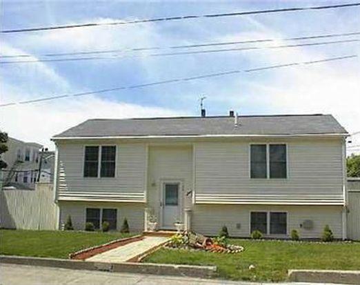 30 Fenner St, Pawtucket, RI 02860