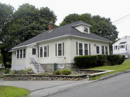 4 Pinehurst Ave, Methuen, MA 01844