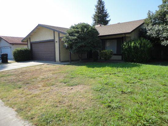 1641 Wall Ln, Porterville, CA 93257