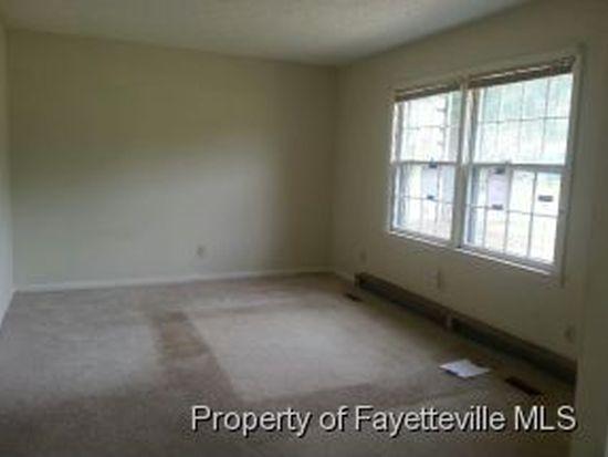 881 Kaywood Dr, Fayetteville, NC 28311