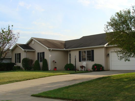 55799 Rooster Ln, Osceola, IN 46561