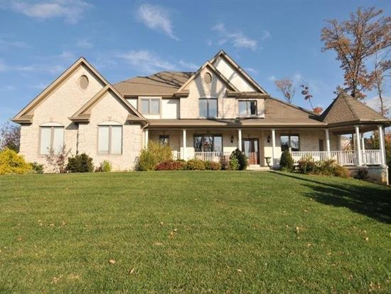 1625 Putting Green Dr, Florence, KY 41042