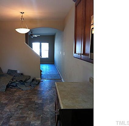 6426 Hatchies Dr, Raleigh, NC 27610