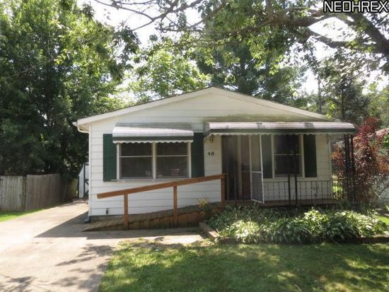 45 Willowwood Dr, Chippewa Lake, OH 44215