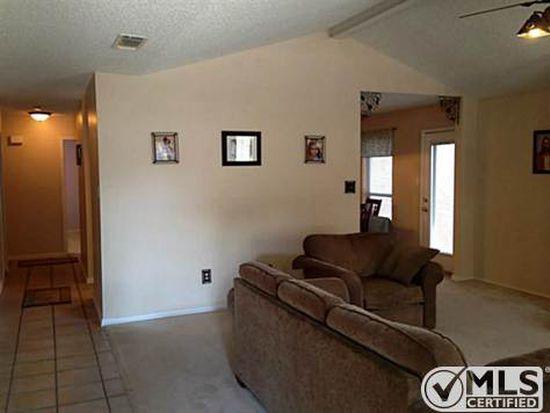 1214 Cardinal Oaks Dr, Mansfield, TX 76063