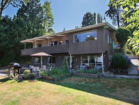 8915 45th Ave NE, Seattle, WA 98115