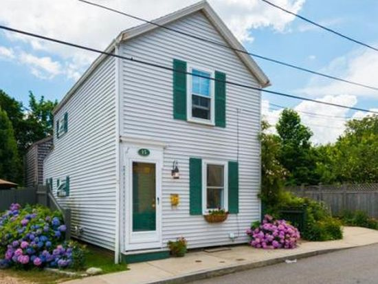 15 Salem St, Newburyport, MA 01950