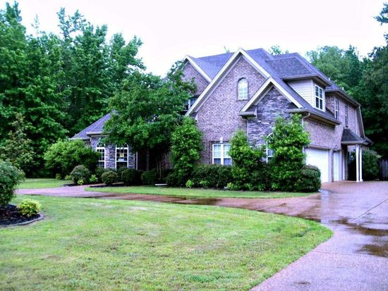 6438 Autumn Valley Dr, Olive Branch, MS 38654