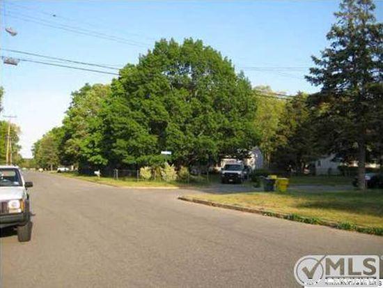 206 Ronald Rd, Lakewood, NJ 08701